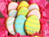 Рецепта Домашни празнични Великденски сладки със захарно тест